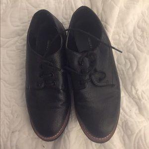 Black Oxfords - Excellent Condition